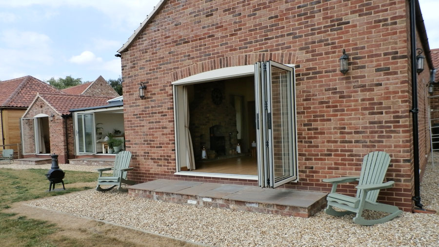 Summerhouse And Bi Folding Doors For A Home In Doncaster Crc